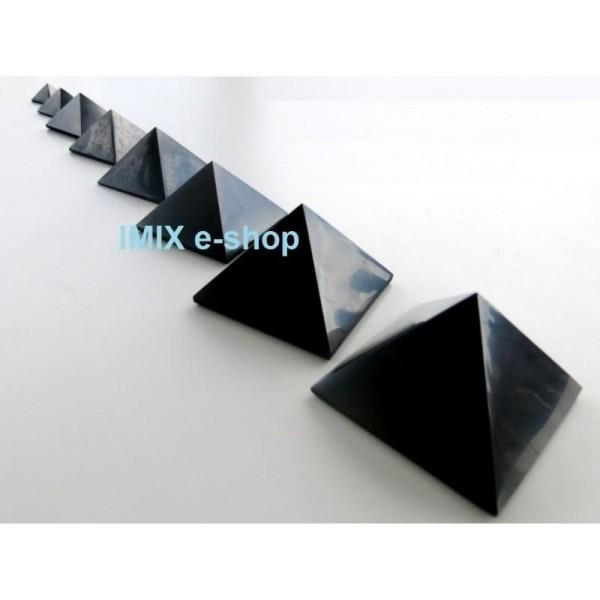 Šungitová pyramida 5 x 5 cm Karélie