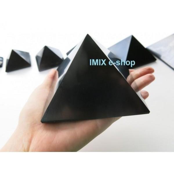 Šungitová pyramida 10 x 10 cm Karélie