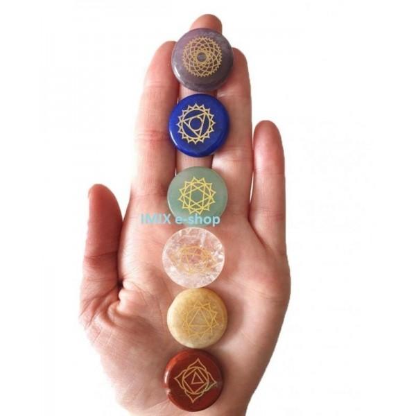 Čakrová sada 7 kamenů se symboly jednotlivých čaker