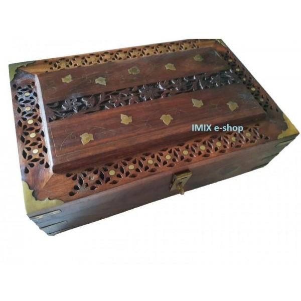Dřevěná vyřezávaná šperkovnice, truhlička Maxi
