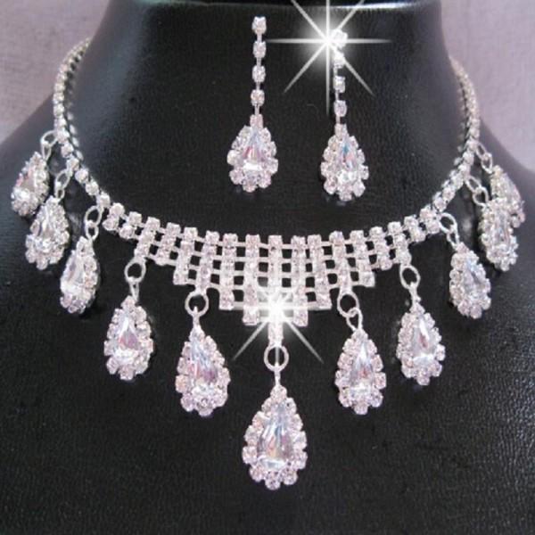 Štrasový náhrdelníkový  set se zirkony ve tvaru kapek