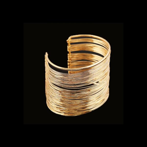 Široký dámský náramek z drobných kovových proužků