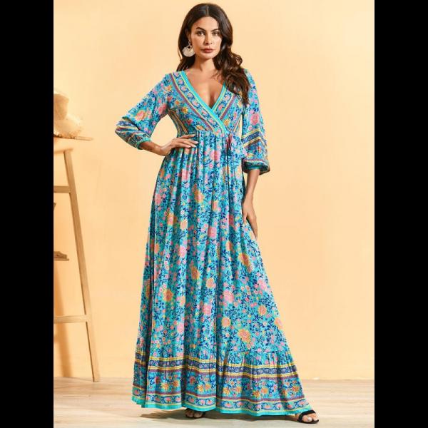 Dámské dlouhé volné Boho šaty s výstřihem a květinovým motivem