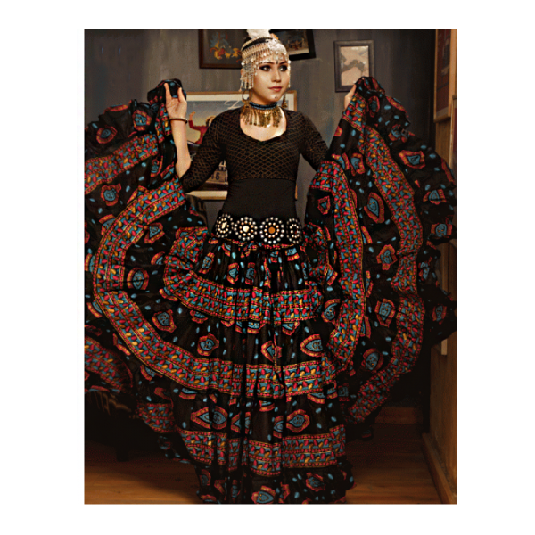 Skladem - bavlněná sukně Rabia černá zdobená 23 meterů